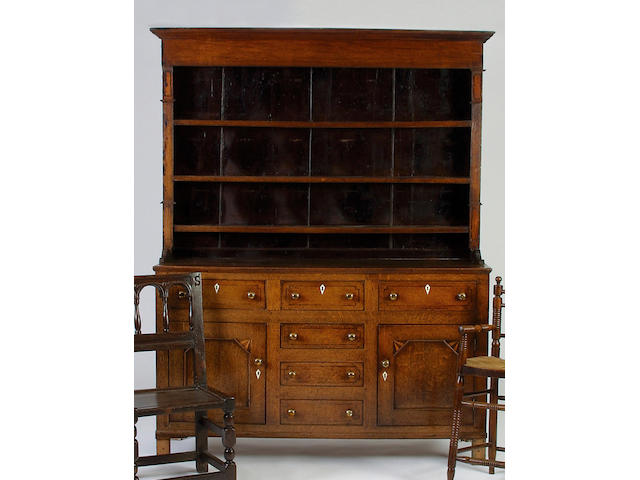 An early 19th Century oak high dresser,</r> 207 x 158.5 x 47cm.