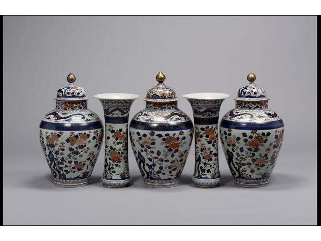 Five-piece Arita garniture