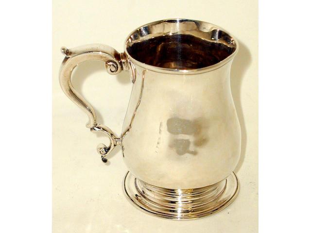 A George III mug, by Samuel Whitford I,