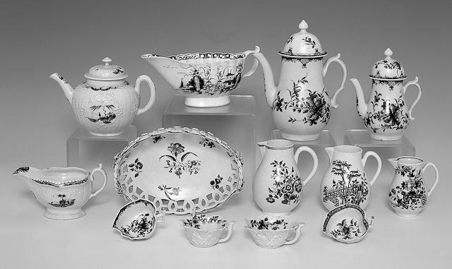 A Worcester teapot and cover,