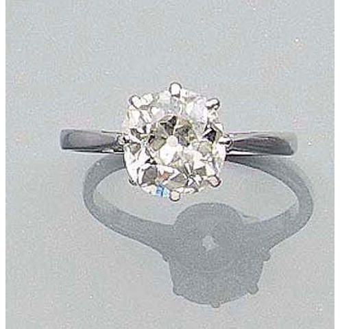 A Cushion-Cut Diamond Single-Stone Ring