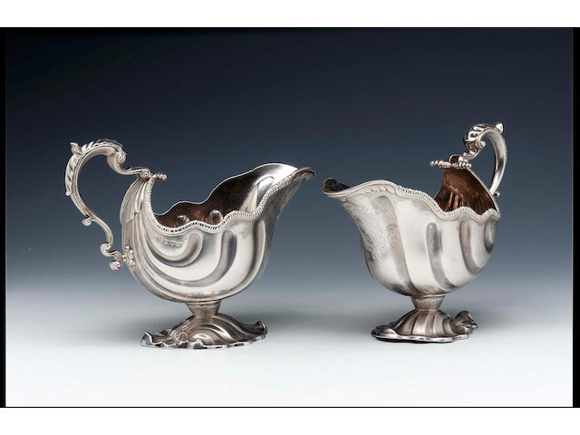 A pair of George II sauceboats by Pezé Pillau, 1758,