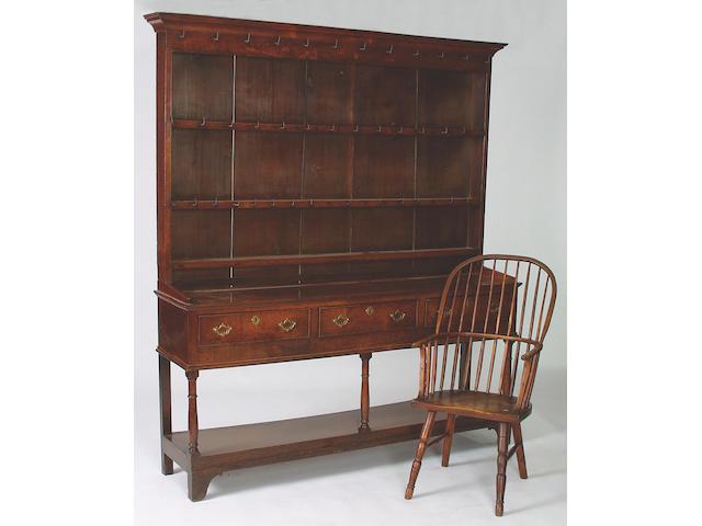 An early 19th Century oak dresser, 214 x 189 x 43cm