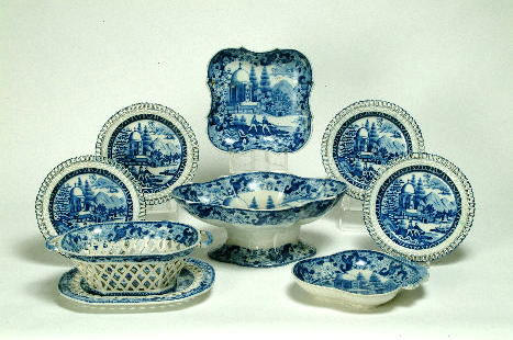 A pearlware blue and white part service (16)