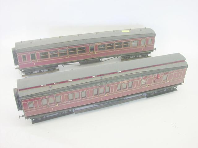 2in gauge L.M.S passenger coaches (10)