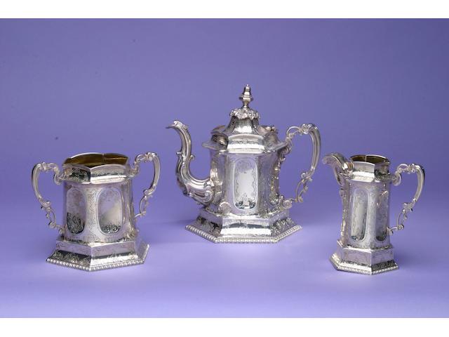 A mid Victorian three piece tea service, Edinburgh 1834,
