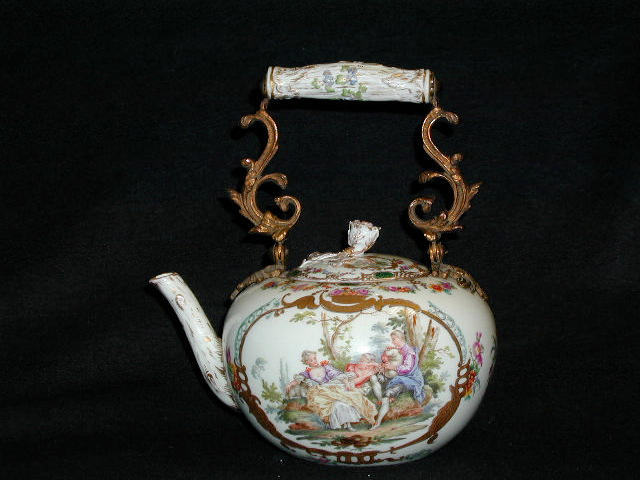 A Meissen porcelain teapot and cover,