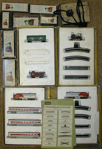 Aurora Postage Stamp Trains 4804 Transcontinental Express set,