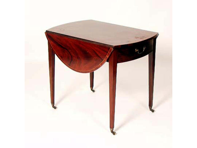 A Regency mahogany Pembroke table, 81cm wide.