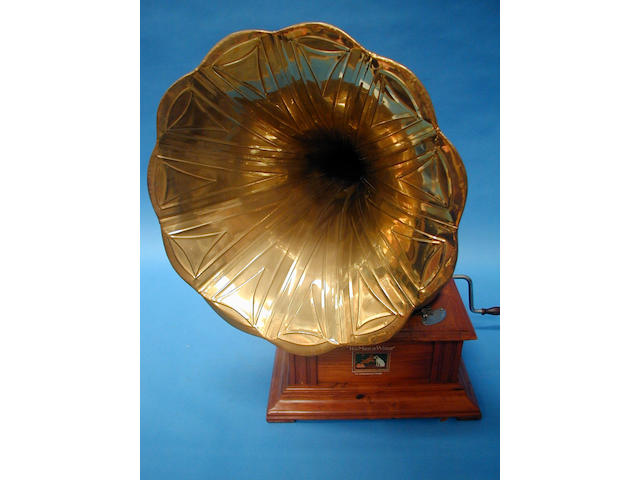 A walnut cased table top horn gramophone,