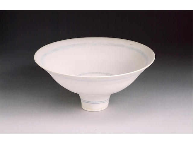 Dame Lucie Rie a footed Bowl with inlaid circles, 1979 Diameter 8in. (20.5cm)