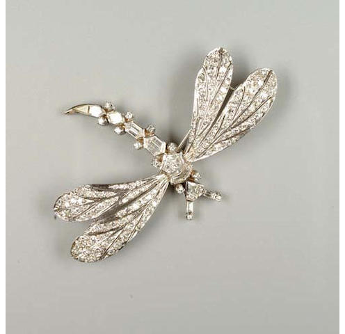 A diamond dragonfly brooch
