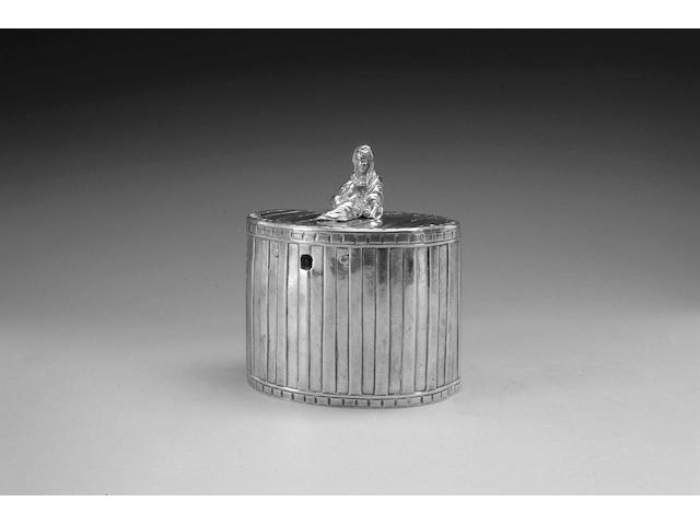 A George III silver tea caddy, by John Robins, London 1774,