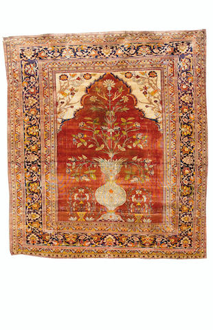 A silk Heriz prayer rug North West Persia, 150cm x 131cm