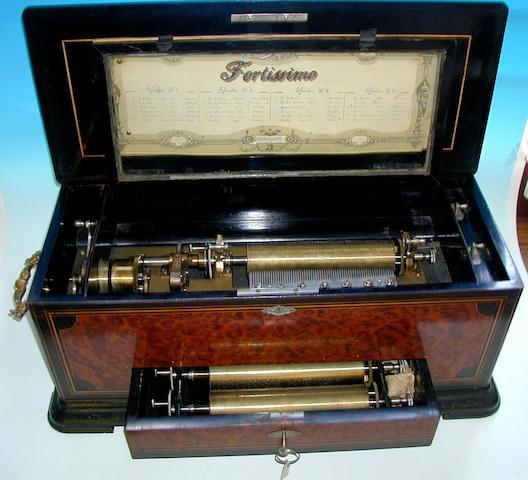 A Mojon Manger Fortissimo interchangeable musical box,