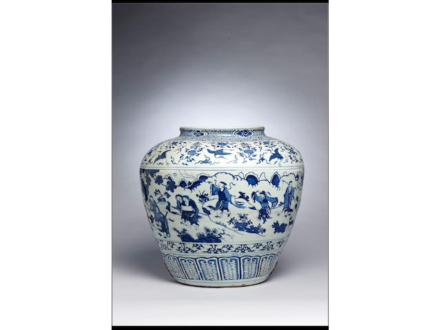 A massive Ming blue and white jar, guan Jiajing
