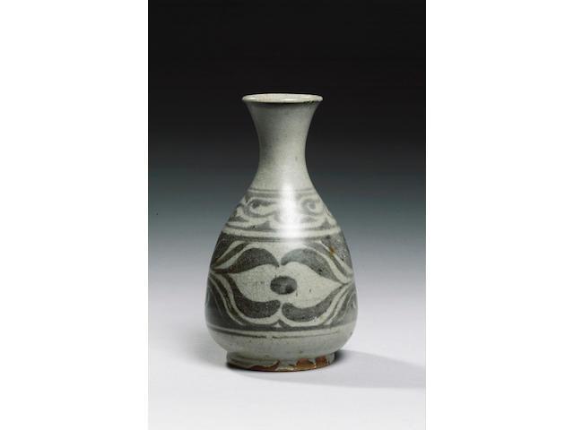 Bernard Leach an early Vase, circa 1923
