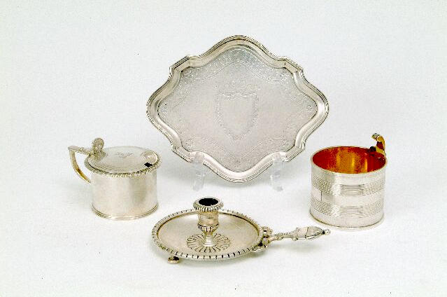 A George IV drum mustard pot By William Fell, London 1824