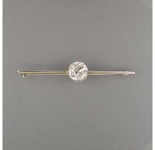 A diamond single-stone bar-brooch