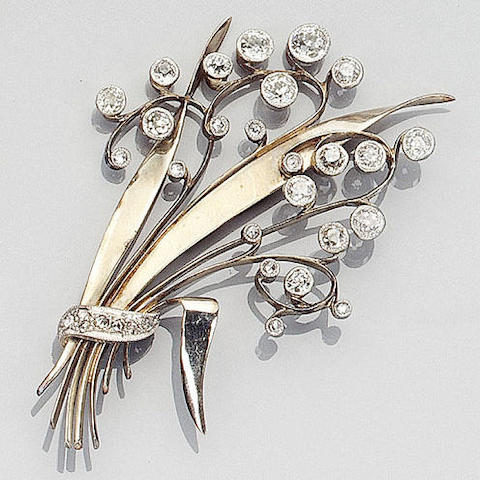 A diamond floral spray brooch