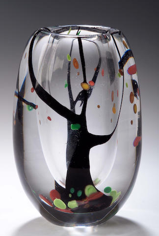 Vicke Lindstrand, A Kosta glass vase,