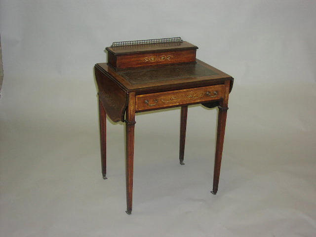 An Edwardian mahogany, inlaid and satinwood banded drop leaf ladies writing desk,