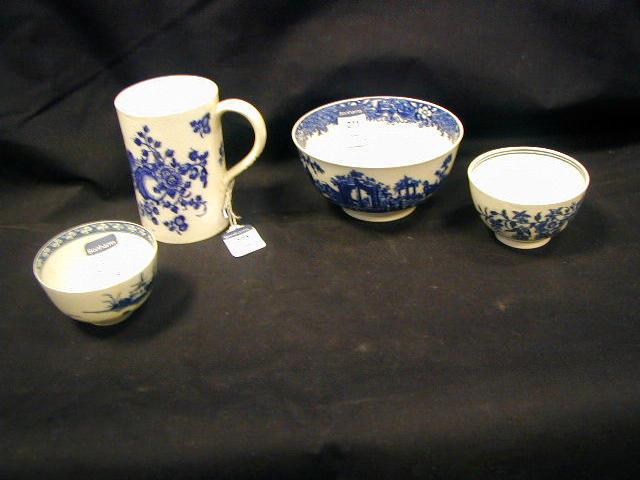 A Caughley porcelain blue and white mug,