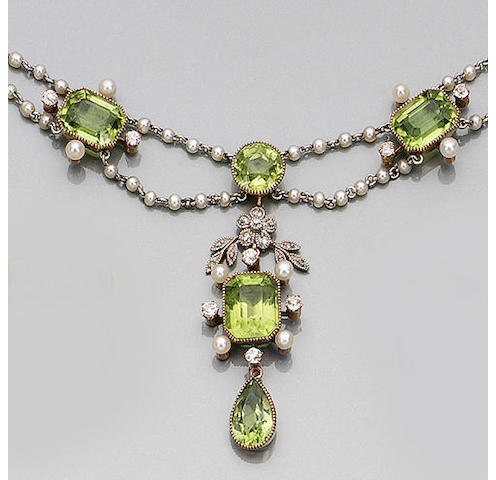 An Edwardian peridot, seed pearl and diamond necklace