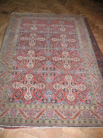 A Kashan rug of Zeikhur design Central Persia, 208cm x 137cm