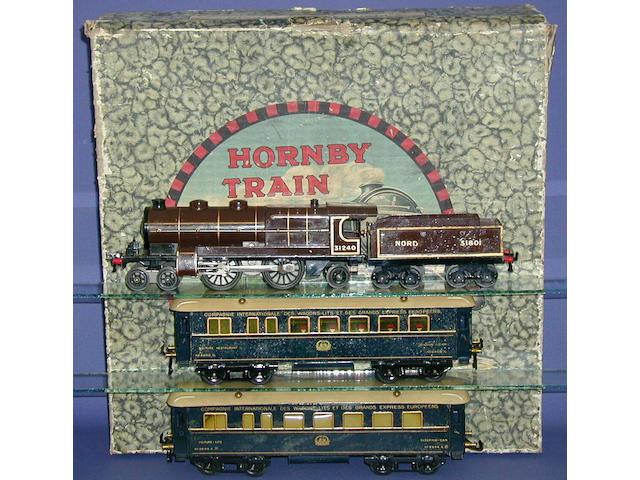 Hornby Series 3E Riviera Blue Set