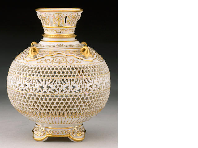 A fine Royal Worcester reticulated vase by George Owen dated 1912