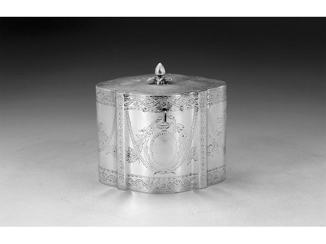 A George III silver caddy, by Robert Hennell, London 1781,