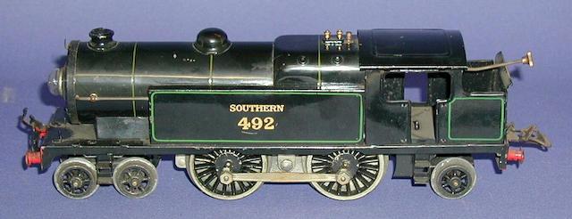 Hornby Series 20-volt 4-4-2 T Southern 492 locomotive