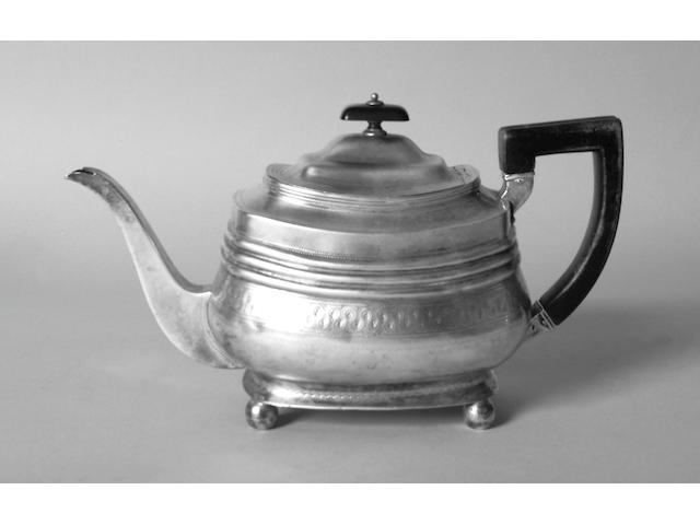 A Georgian teapot possibly Alice & George Burrows, 1806,