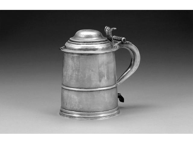 A Queen Anne silver tankard, by Thomas Ley, London 1705,