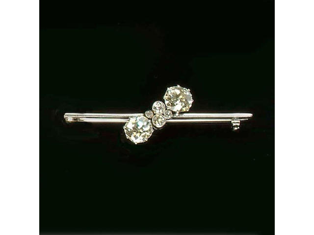 A diamond six-stone brooch