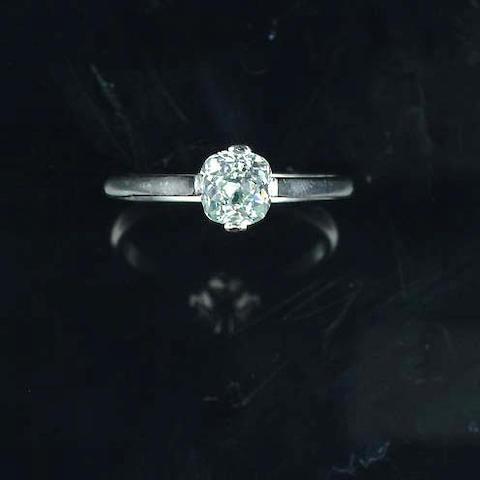 A fancy light bluish green diamond single-stone ring