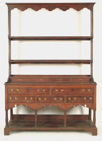 An early 19th Century South Wales oak dresser