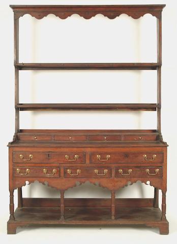 An early 19th Century South Wales oak dresser
