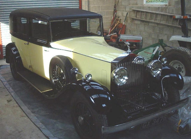 1932 Rolls-Royce 20/25hp Saloon with Division  Chassis no. GKT6 Engine no. A5J