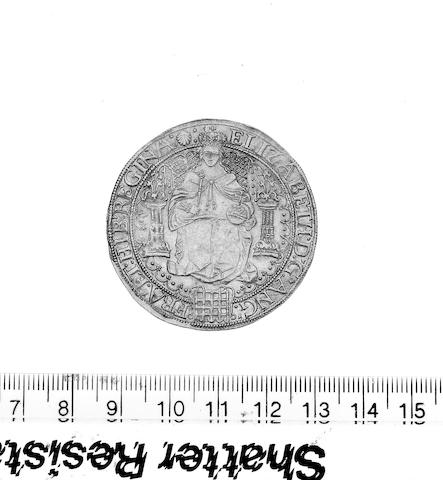 Elizabeth I, fifth issue Sovereign (S.2529), (15.2gm).