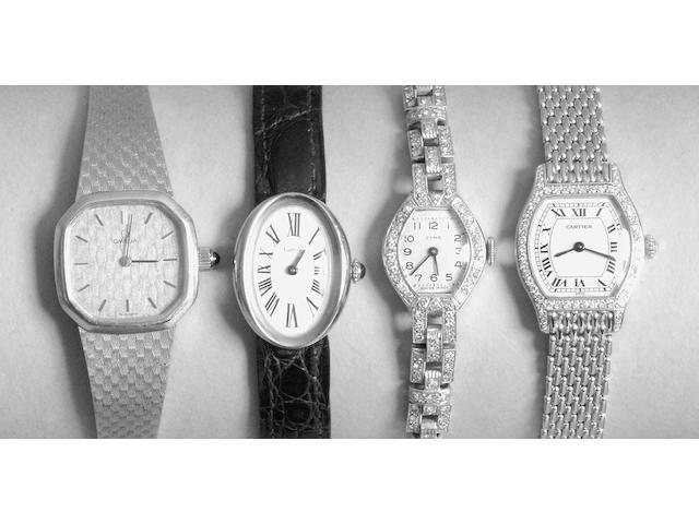 Cartier. An 18 carat gold lady's wristwatch, Tortue