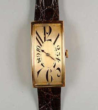 A 14ct gold rectangular wristwatch circa 1930