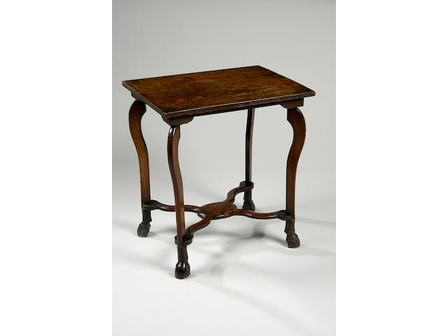 An oak occasional table,