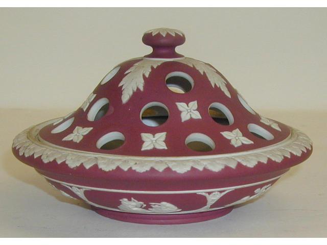 A Wedgwood Crimson jasper pot-pourri bowl and cover,