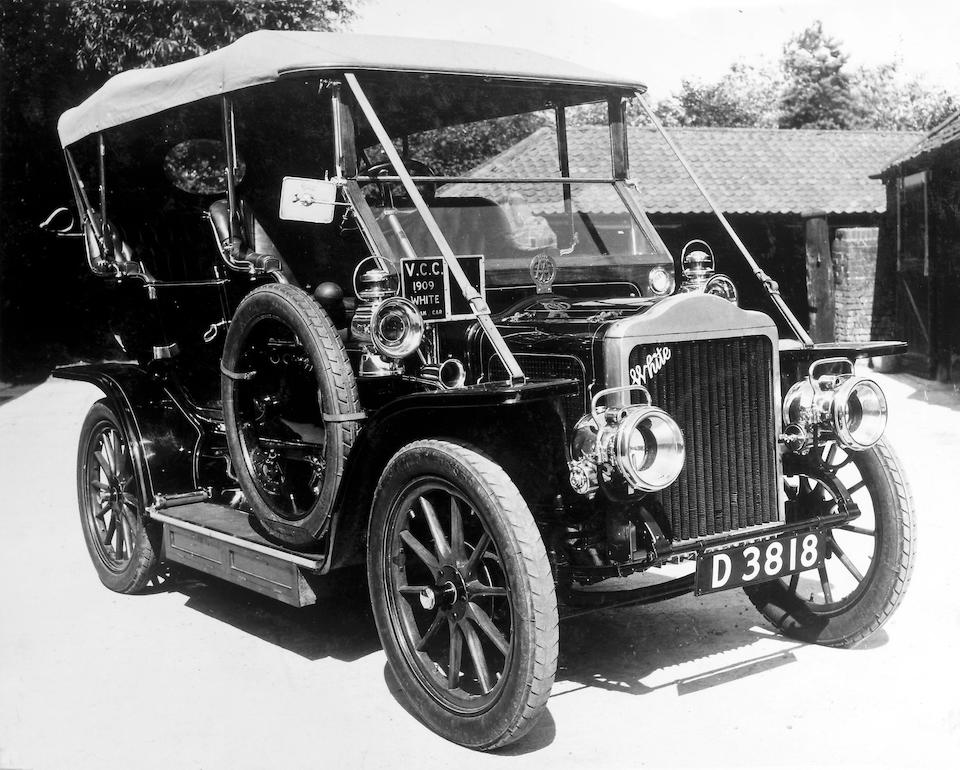 "1909 15-hp White Model ""O"" Steamer Double Phaeton  Chassis no. 0352 Engine no. 0352"