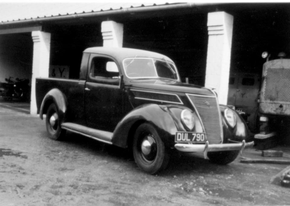 1937 Ford Model V8-78 Pick-up