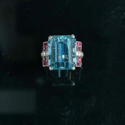 An art deco aquamarine dress ring,
