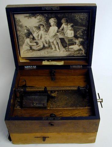 A Symphonion style 10 disc musical box,