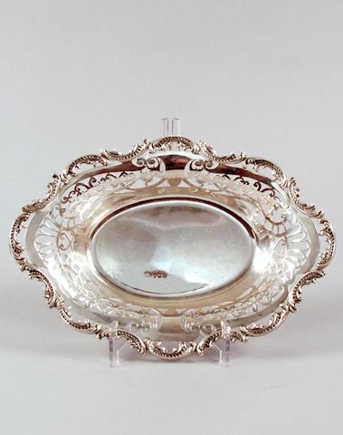 A silver pierced bon-bon dish, London 1901,